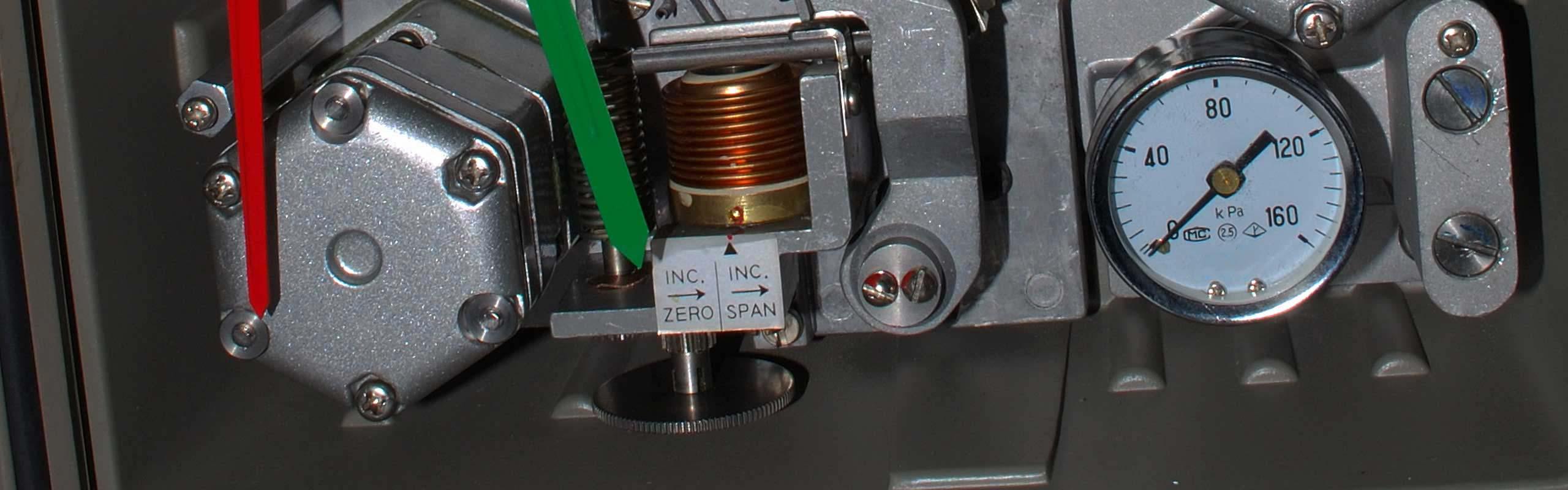 分类: KF 气动基地式调节仪